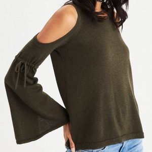 American Eagle Outfitters Cold Shoulder Top